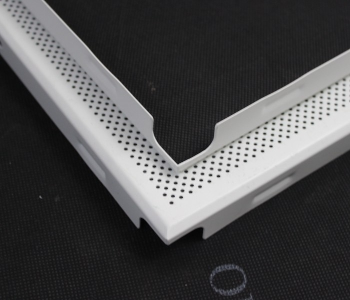 Perforated Or Plain White Aluminum / GI Clip In Ceiling Tiles With Beveled Edge