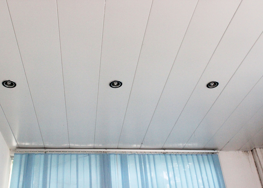 RAL 9010 Powder Coating Aluminium Strip Ceiling , Decorative Office Building Ceiling Tiles